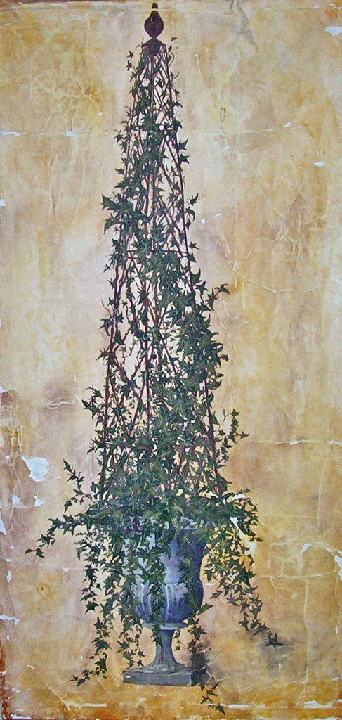 Painted Ivy Topiary Wall Hanging