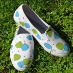 DIY Painted Retro Shoes